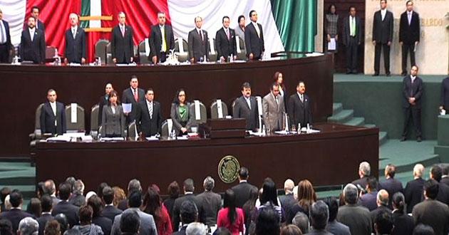 Acosta-llama-legislar-sin-intereses-1372328